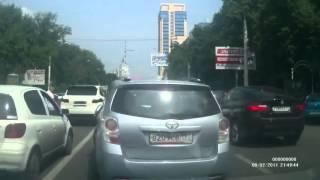 Смотреть онлайн Стычка на дороге