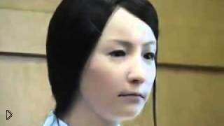 Смотреть онлайн Невероятные способности девушки-робота