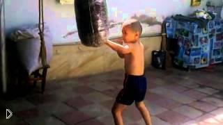 Смотреть онлайн Маленький боксер