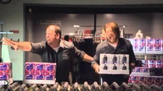 Ночь скидок в Мейсис, Бибер в шоке - Видео онлайн