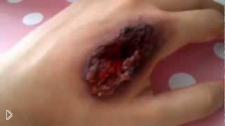 Смотреть онлайн Как сделать реалистичную рану на руке