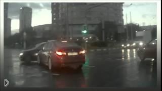 Смотреть онлайн Машина призрак в городе