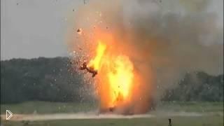 Смотреть онлайн Взрыв танка на испытании ракеты