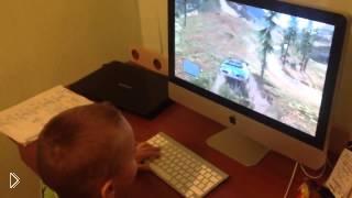 Смотреть онлайн Брат развел братишку с игрой