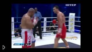 Смотреть онлайн Владимир Кличко против Алекса Леапаи