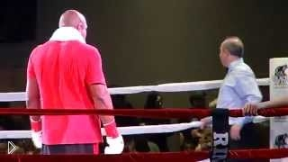 Смотреть онлайн Шеннон Бриггс в первом раунде сделал Франциско Мирелеса