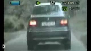Смотреть онлайн Реальная погоня за черным BMW со стрельбой в России