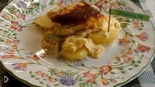 Смотреть онлайн Готовим картофель под рыбой с майонезом