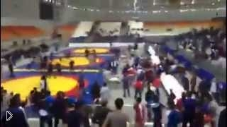 Массовая драка кавказцев - Видео онлайн
