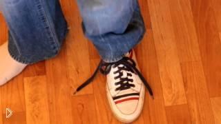 Смотреть онлайн Обучение секрету фокуса со шнурками для начинающих