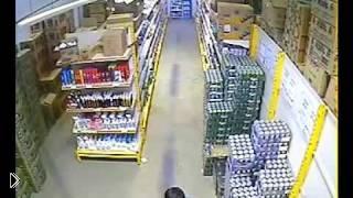 Смотреть онлайн Мелкая кража в магазине продуктов