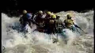 Смотреть онлайн Экстремальный туризм: сплав рафтинг по реке
