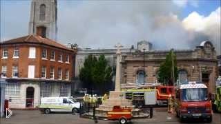 Смотреть онлайн Пожар в центре города в Англии 25 мая 2014
