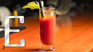Смотреть онлайн Как сделать кровавую Мэри: рецепт и история коктейля
