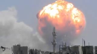 Смотреть онлайн Огромный взрыв склада с боеприпасами