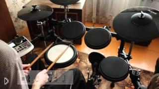 Смотреть онлайн Как научиться играть на барабанах с нуля