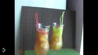 Смотреть онлайн Безалкогольные коктейли: фруктовое ассорти