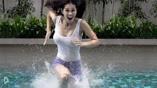 Смотреть онлайн Люди гуляют по воде в Малайзии
