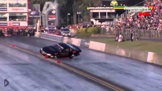 Смотреть онлайн Страшная авария на гонках