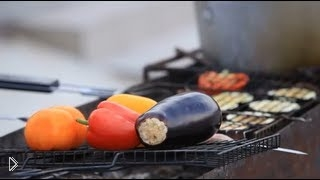 Смотреть онлайн Как быстро приготовить овощи на мангале с соусом
