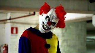 Смотреть онлайн Страшный розыгрыш над людьми с клоуном убийцей