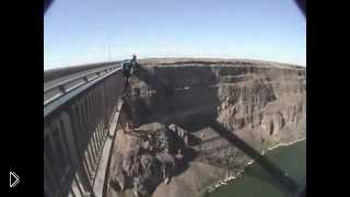 Смотреть онлайн Неудачные смертельные прыжки с парашютом