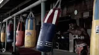 Смотреть онлайн Тренировка Буакава Пор Прамука
