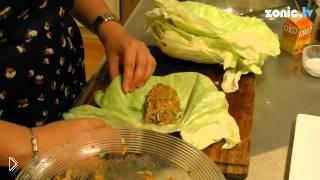 Смотреть онлайн Пошаговый рецепт как приготовить голубцы из капусты
