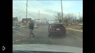 Смотреть онлайн Стрельба в сотрудников полиции из калаша