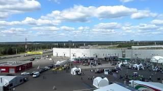 Смотреть онлайн Первые заезды Формулы-1 в Сочи
