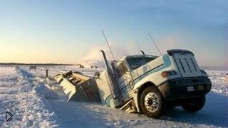 Смотреть онлайн Подборка страшных аварий с грузовиками на дорогах