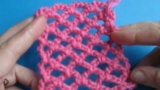 Смотреть онлайн Уроки вязания крючком. Сеточка.