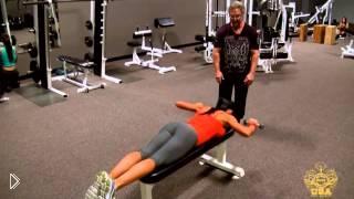 Смотреть онлайн Качаем дельтовидные мышцы плеча