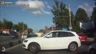 Смотреть онлайн Подборка ДТП на трассах России