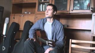 Смотреть онлайн Учим расположение нот на грифе шестиструнной гитары