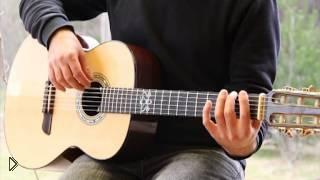 Смотреть онлайн Как правильно зажимать струны на гитаре