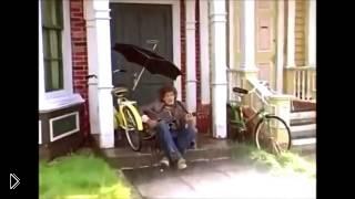 Смотреть онлайн Песня из фильма «Мэри Поппинс» «Непогода»