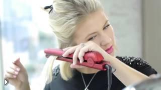 Смотреть онлайн Легкая и быстрая укладка на короткие волосы