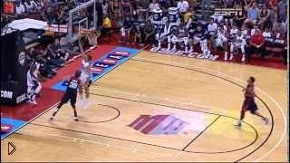 Смотреть онлайн Не для впечатлительных: баскетболист ломает ногу