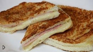 Смотреть онлайн Бутерброд с ветчиной и сыром на скорую руку