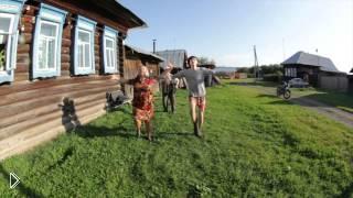 Смотреть онлайн Боня и Кузьмич: кавер на клип Kiesza - Hideaway