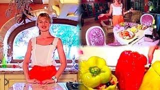 Смотреть онлайн Итальянская кухня: перцы с начинкой запеченные