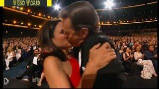 Смотреть онлайн Брайан Ли Крэнстон целует Джулию Луи-Дрейфус