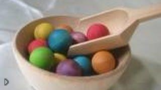 Смотреть онлайн Развивающие игры для детей с разноцветными шариками