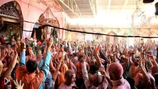 Смотреть онлайн Индийский фестиваль краски холи 2014