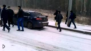 Смотреть онлайн Снегопад застал Томск врасплох: 9.10.2014