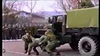 Смотреть онлайн Соревнование между российской и американской армиями