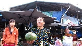 Смотреть онлайн Вьетнам, Нячанг: рынки и супермаркеты