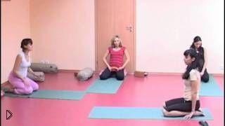 Смотреть онлайн Полный урок упражнений йоги для беременных