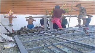 Смотреть онлайн Как находчивые тайцы строят дома